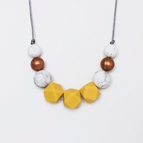 Olivia Teething Necklace in Mustard and Copper