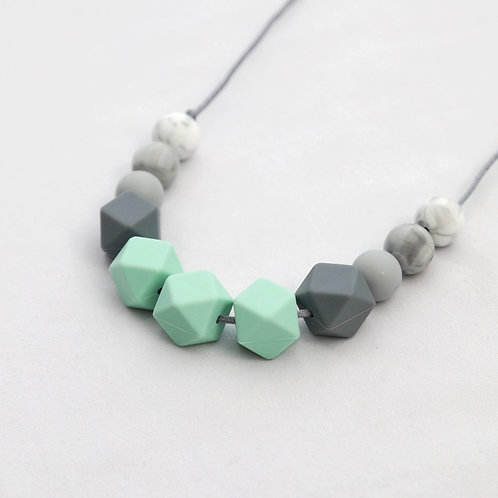 Grace Teething Necklace in Mint Green