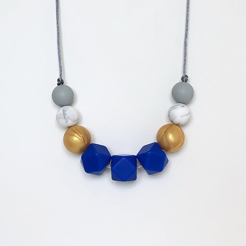 Olivia Teething Necklace in Blue and Gold