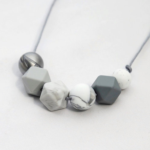 Sienna Grey Ombre Teething Necklace