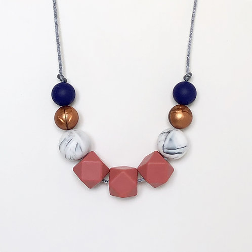 Olivia Teething Necklace in Maroon and Navy