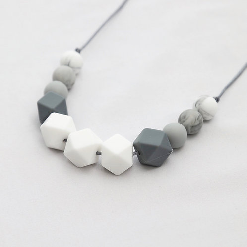Grace Teething Necklace in White