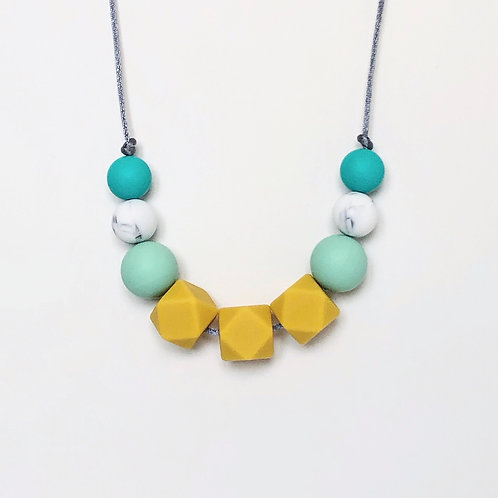 Olivia Teething Necklace in Mustard and Mint