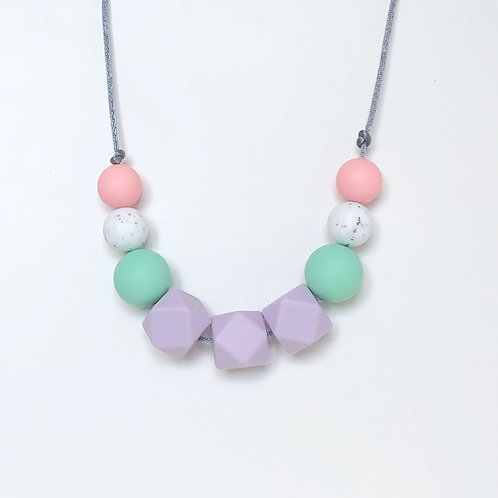 Olivia Teething Necklace in Lilac and Mint