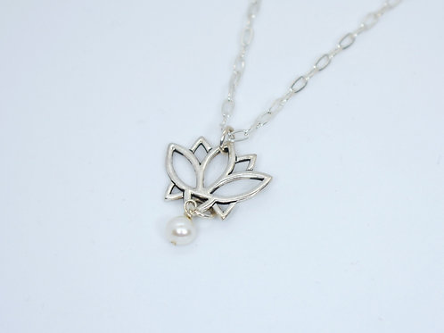 Lotus Flower & Pearl Necklace