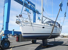 Pre Purchase Survey of a 40 foot Jeanneau yacht