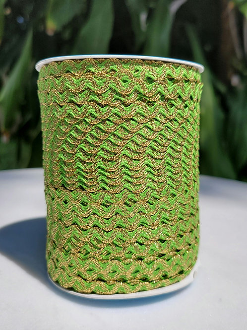 Green w/Metallic Gold - 109 yards