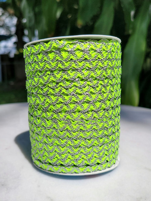 Neon Green w/Metallic Silver - 109 yards