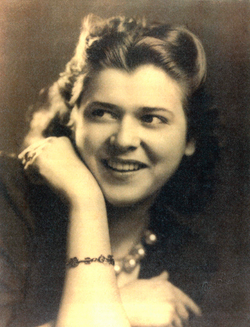 Isabelle Rinker Armesto (Mother)