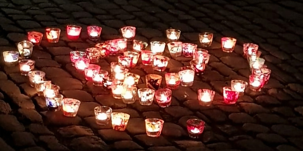 Ein Licht geht um die Welt / World Candle Lighting Day 2020 / Gruppe zwei