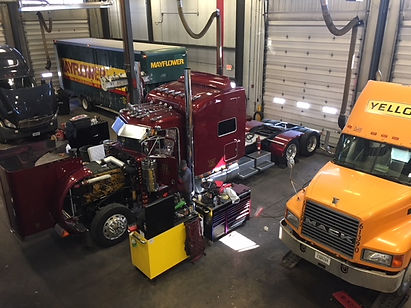 truck repair in Green Bay, Neenah, or Milwaukee