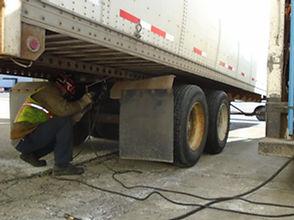 fleet mechanic in Green Bay, Neenah, and Milwaukee