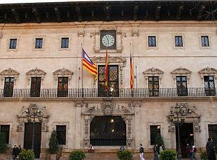 Ayuntamiento-de-Palma_edited.jpg