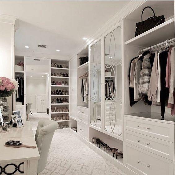 Glam Room Consultation