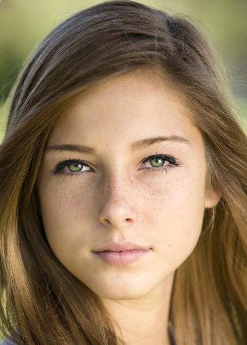 Kayleigh Marie Maes