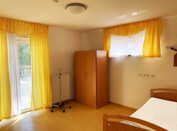 Bild Zimmer 1.jpg