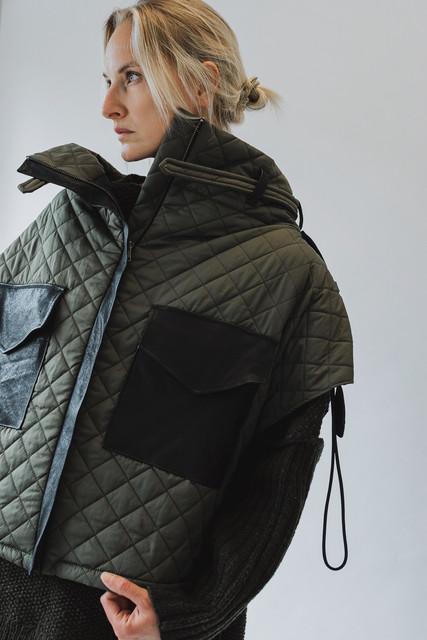 AE719-17 - Ann Everett Fashion Designs