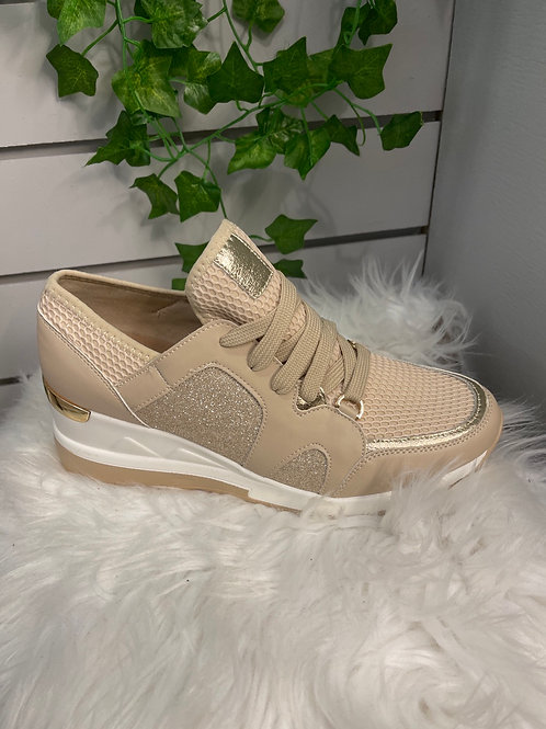 Nude sparkle wedge trainer