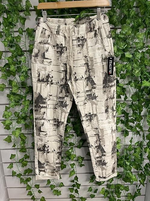 Square effct magic trouser