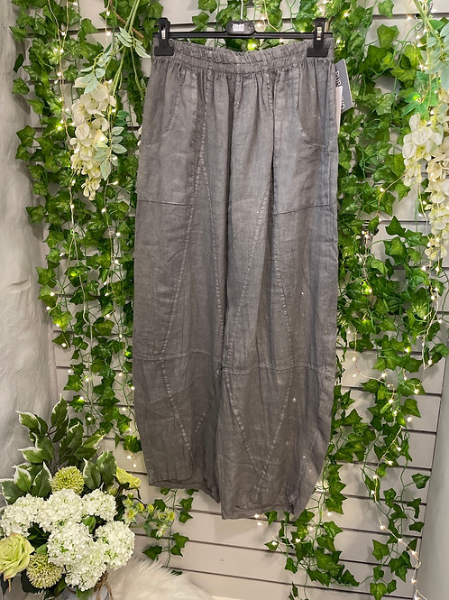 Grey tempered trousers