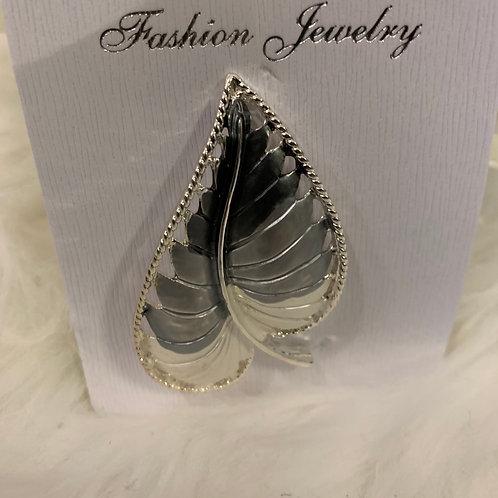 Grey silver  leaf Magnetic brooch