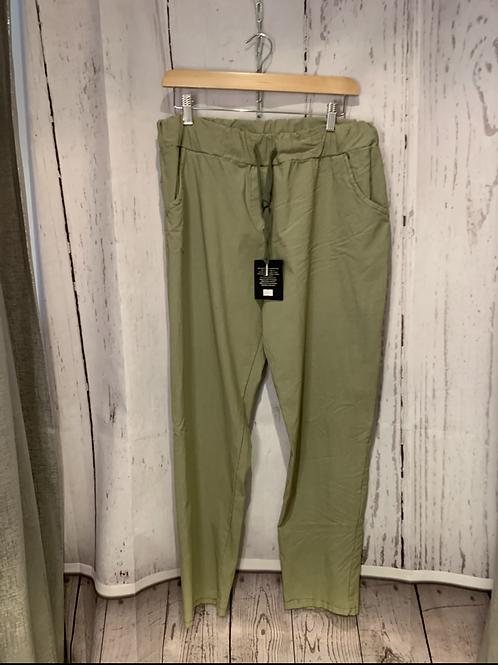 Plus size magic trouser