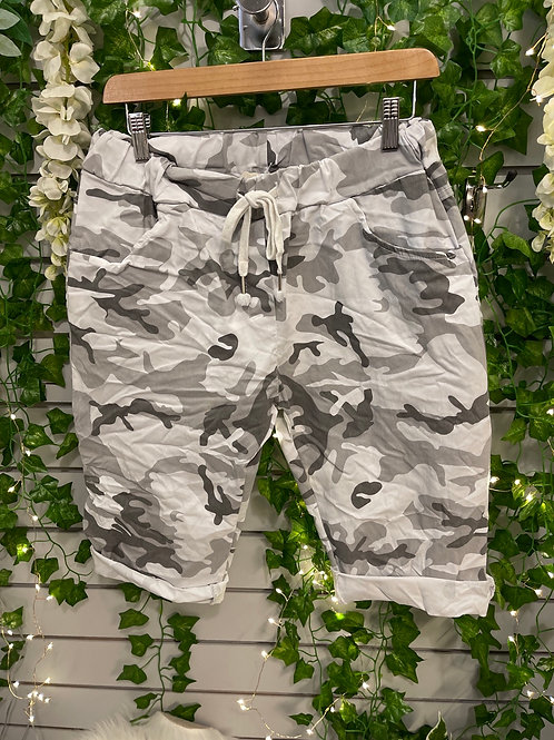 Camouflage Magic short reg