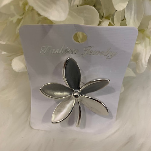 Grey flower Magnetic brooch