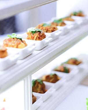 Medina Catering Appetizer_ Cakwe Saus Mangga_edited.jpg