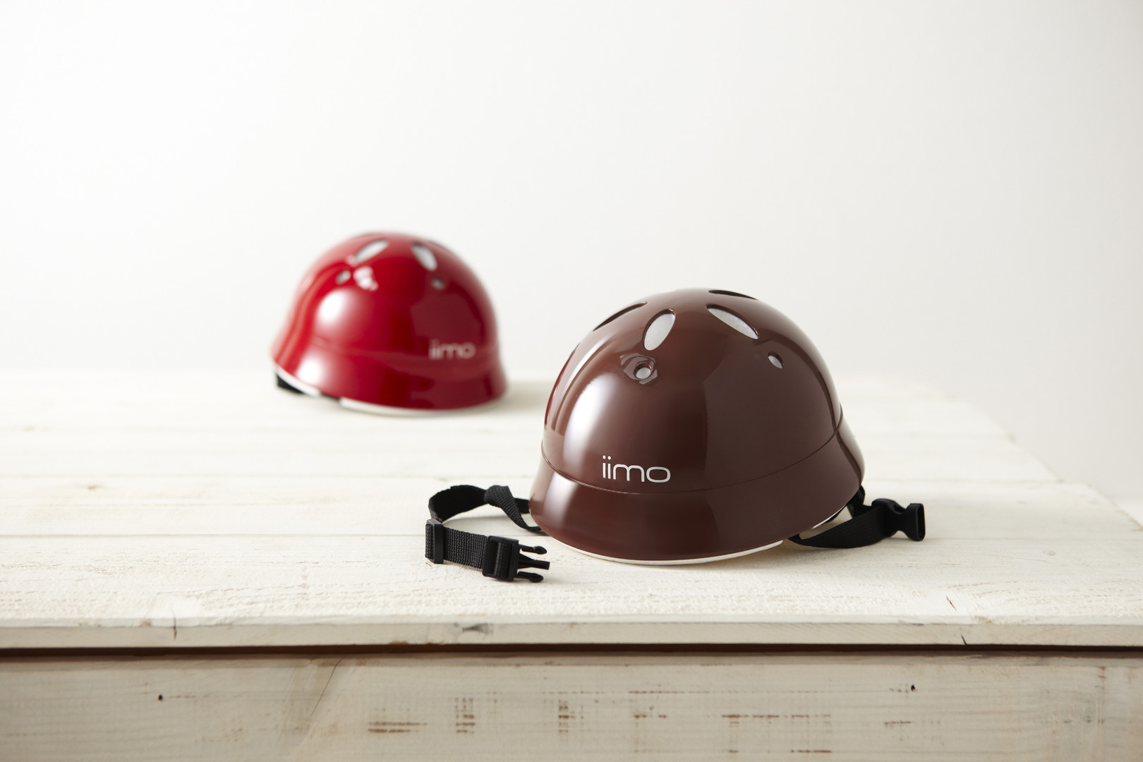 iimo_helmet_2colors_01.jpg