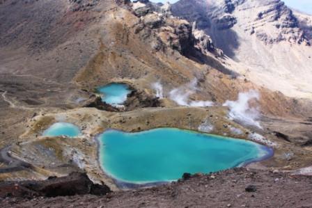 Emerald Lake, Tongariro Alpine Crossing.JPG
