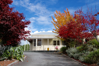 Our beautiful lodge offers the perfect accommodation opposite the Tongariro National Park
