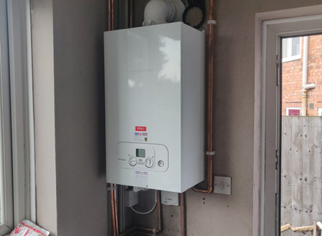 Is the best budget Combi boiler the Main Eco Compact?