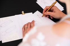 Brautkleider Skizzen