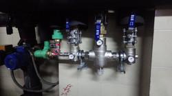 Valvula mezcladora agua caliente sanitar