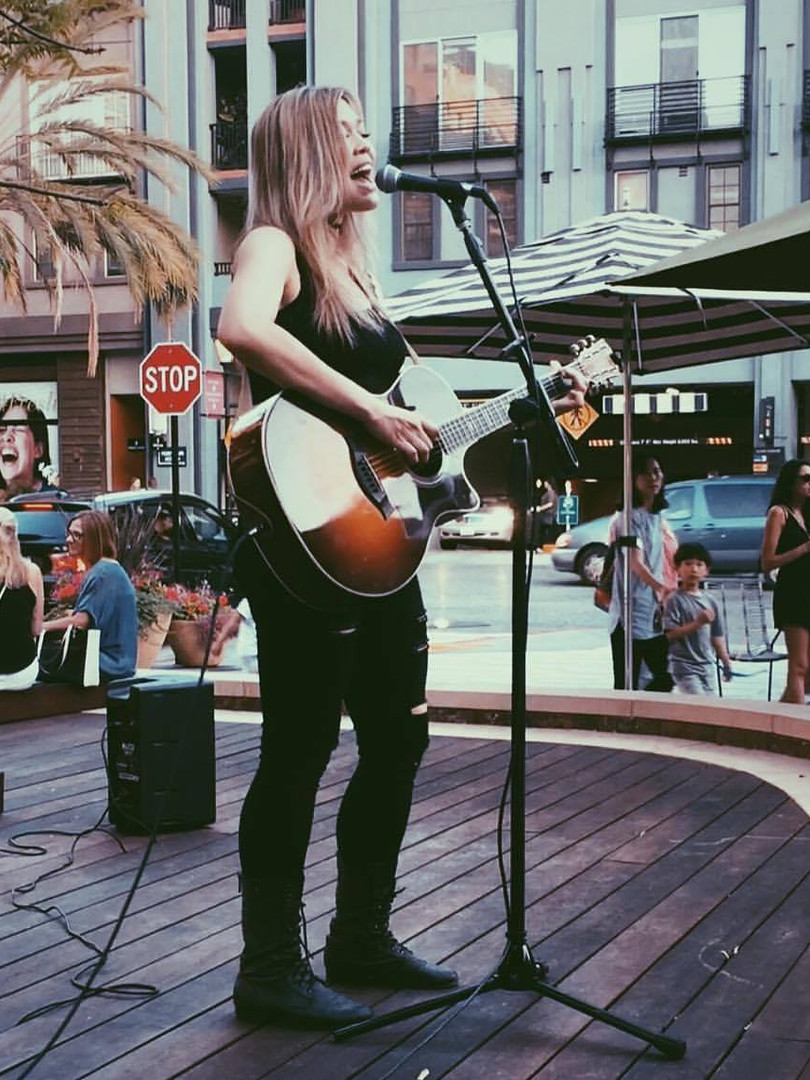 Tammy Byerly Live in Santana Row in San Jose California Singer Songwriter