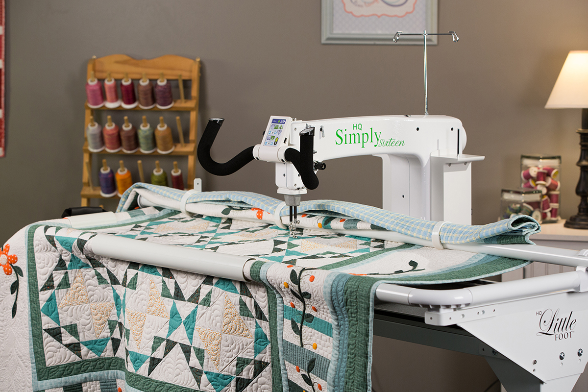 Simply Sixteen Longarm Quilt Machine