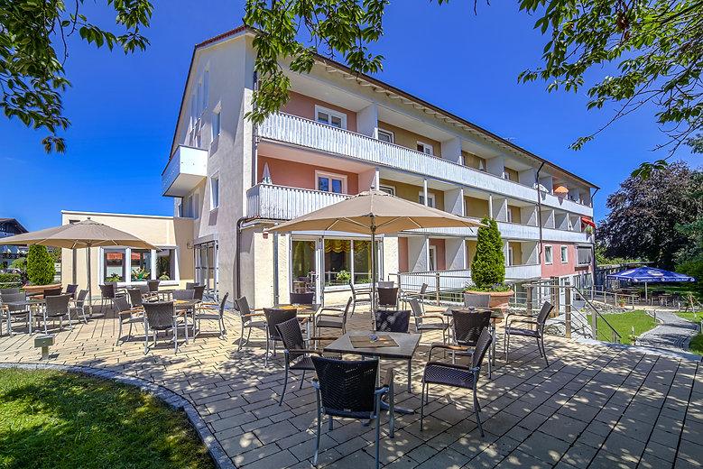 Hotel Emilie Aussen 1.jpg