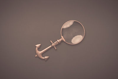Anchor shaped handle magnifying glass Image by Roberto Cortes from Pixabay