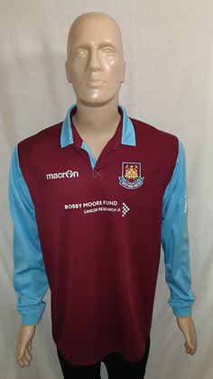 2010/11 West Ham United Long Sleeved Home Shirt (Bobby Moore Fund Sponsor)