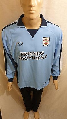 2004/05 Southampton Long Sleeved Away Shirt