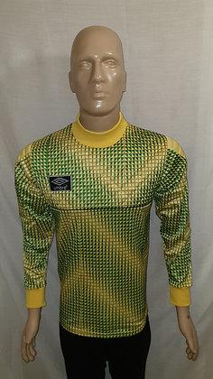 1989/90-1990/91 Umbro Goalkeeper Shirt: Size Mens 97-102cms