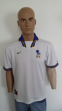 1996-1997 Italy Away Shirt: Size L 42/44