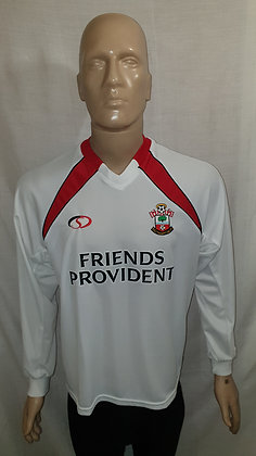 "2002/03-2003/04 Southampton Long Sleeved Away Shirt: Size 38""/40"""