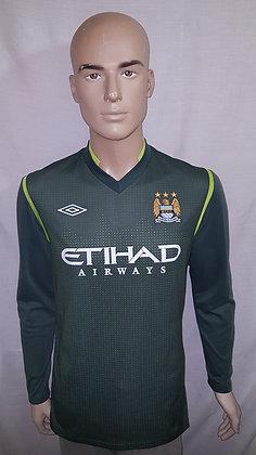 2011/12 Manchester City Goalkeeper Home Shirt: 40