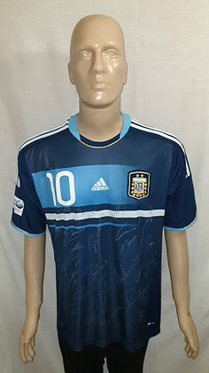 Argentina 2011 Copa América Away Shirt MESSI 10 (Signed)