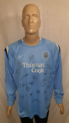 2004/05-2005/06 Manchester City Long Sleeved Home Shirt (Signed)