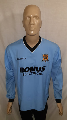 2004/05 Hull City Long Sleeved Away Shirt