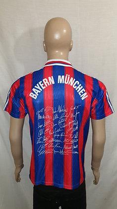 1995/96-1996/97 FC Bayern München Home Shirt: Size 34/36 (Autographs)