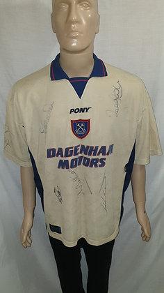 1996/97 West Ham United Away Shirt (Signed)